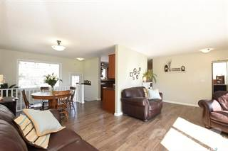 Residential Property for sale in 3828 Hill AVENUE, Regina, Saskatchewan, S4S 0X5
