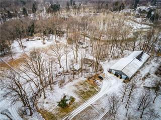 Single Family for sale in 7610 Lewis Rd, Olmsted Falls, OH, 44138