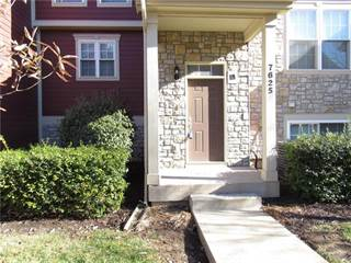 Townhouse for sale in 7625 W 158th Street, Overland Park, KS, 66223