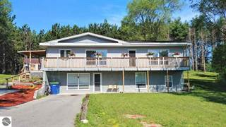 Multi-family Home for sale in 3754 Bunker Hill Road, Greater Acme, MI, 49690