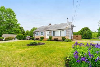 Residential Property for sale in 680 Russells Mills Rd, Dartmouth, MA, 02748