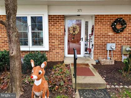 Residential for sale in 371 SAYBROOK LN #165, Wallingford, PA, 19086