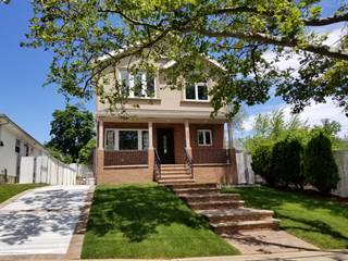 Duplex for sale in 349 Genesee Avenue, Staten Island, NY, 10312