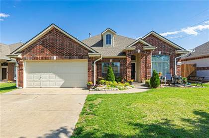 Residential for sale in 2105 SW 124th Street, Oklahoma City, OK, 73170