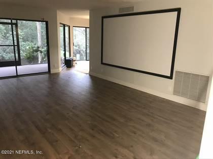 Residential for sale in 8705 COMO LAKE DR 8705, Jacksonville, FL, 32256