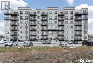Condo for sale in 610 -CUNDLES Road, Barrie, Ontario