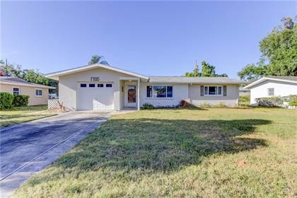 Residential Property for sale in 1700 PATLIN CIRCLE N, Largo, FL, 33770