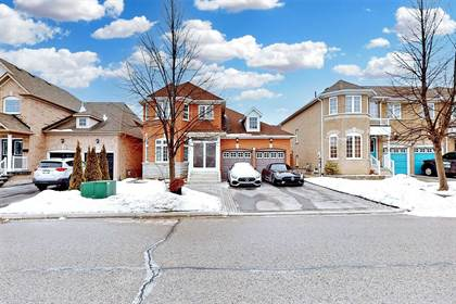 Residential Property for sale in 197 Flagstone Way, Newmarket, Ontario, L3X2Z7