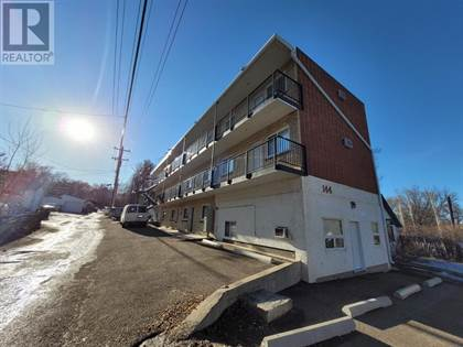 Multi-family Home for sale in 13, 144 2 Avenue SE 13, Medicine Hat, Alberta, T1A2K7
