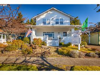 Multi-family Home for sale in 1155 BAY ST, Florence, OR, 97439