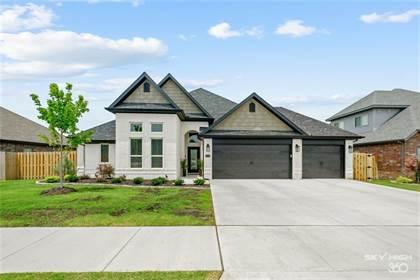 Residential Property for sale in 1130 Elizabeth  DR, Bentonville, AR