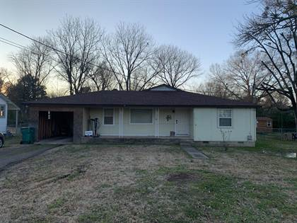 Residential for sale in 704 S Jackson Avenue, Russellville, AR, 72801