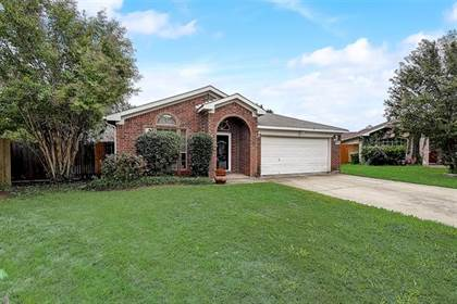 Residential for sale in 6004 Alta Verde Court, Arlington, TX, 76017