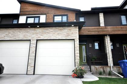 Residential Property for sale in 462 Highlands Boulevard W 5, Lethbridge, Alberta, T1J 5K5