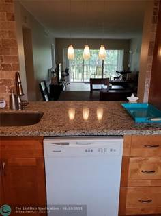 Residential Property for sale in 2850 N Palm Aire Dr 305, Pompano Beach, FL, 33069