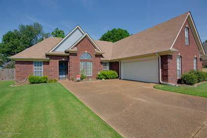 Residential Property for sale in 2091 Kindlewood Drive, Southaven, MS, 38672