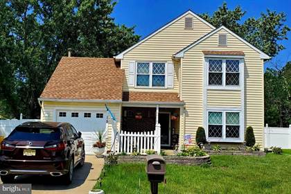 Residential Property for sale in 15 CHAPEL CIRCLE, Sicklerville, NJ, 08081