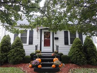 Single Family for sale in 905 S Center Street, Grove City, PA, 16127