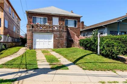 Multifamily for sale in 511 Riverside Boulevard, Long Beach, NY, 11561