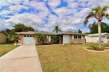 Residential Property for sale in 1710 PATLIN CIRCLE N, Largo, FL, 33770