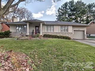Residential Property for sale in 73 ELM HILL Boulevard, Hamilton, Ontario, L9G 2V3
